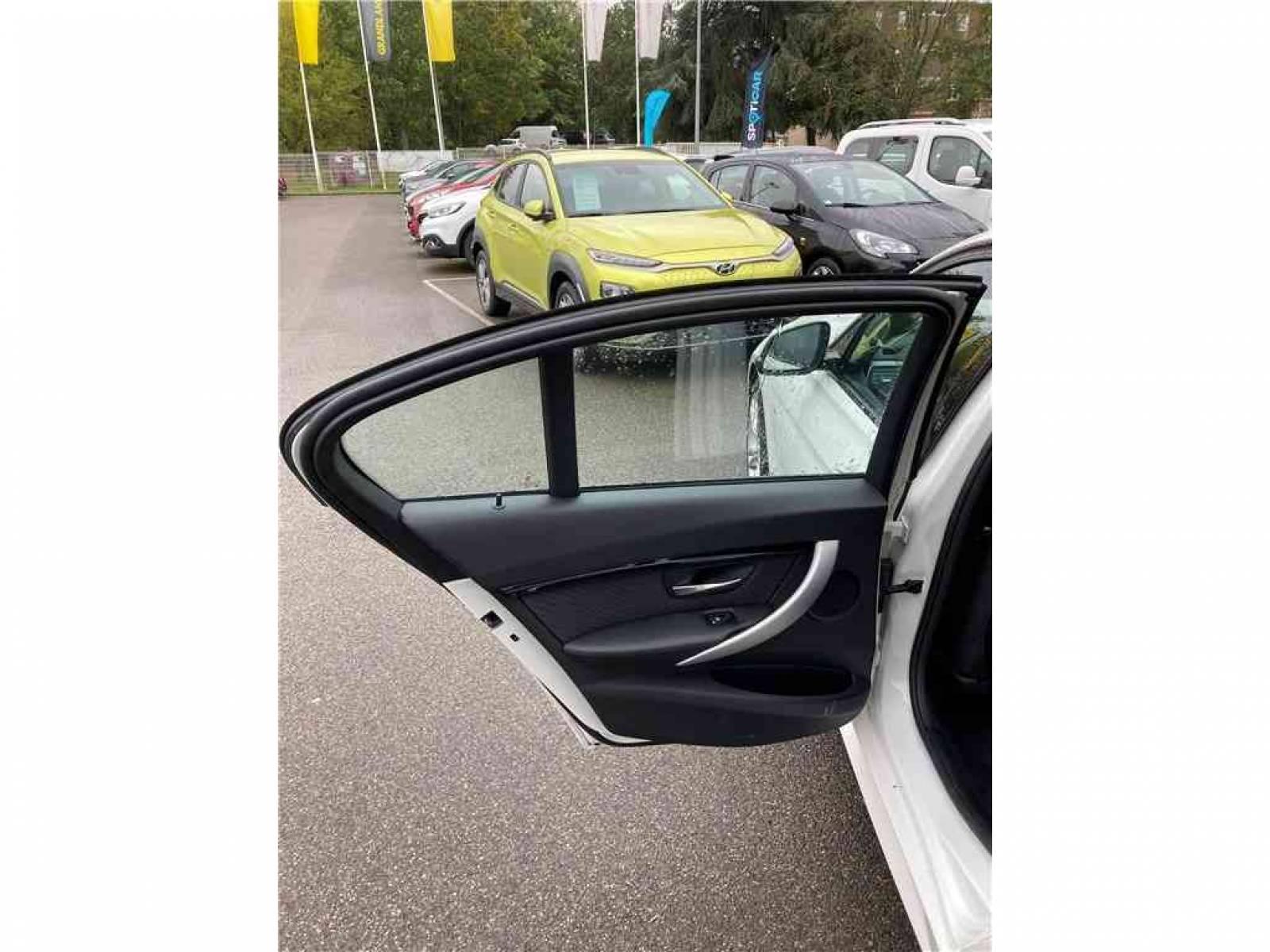 BMW 318d 150 ch BVA8 - véhicule d'occasion - Groupe Guillet - Chalon Automobiles - 71100 - Chalon-sur-Saône - 22