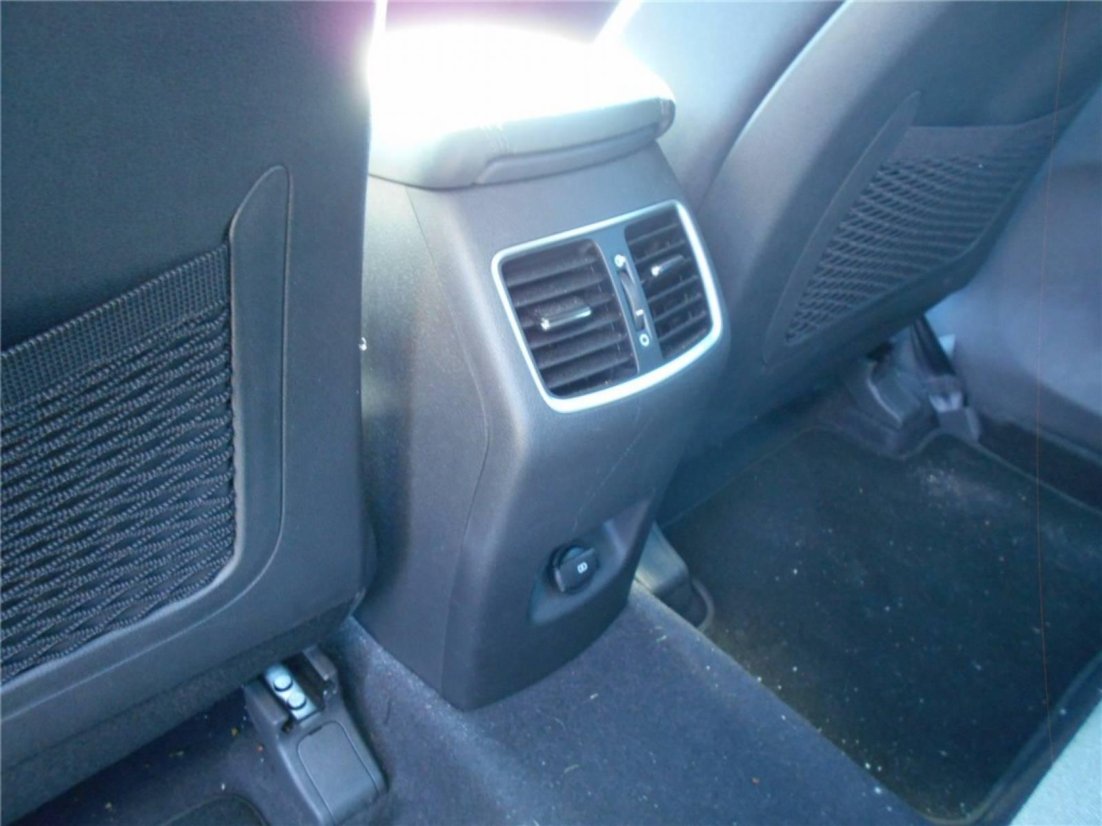 HYUNDAI Tucson 1.6 CRDi 136 - véhicule d'occasion - Groupe Guillet - Chalon Automobiles - 71100 - Chalon-sur-Saône - 10