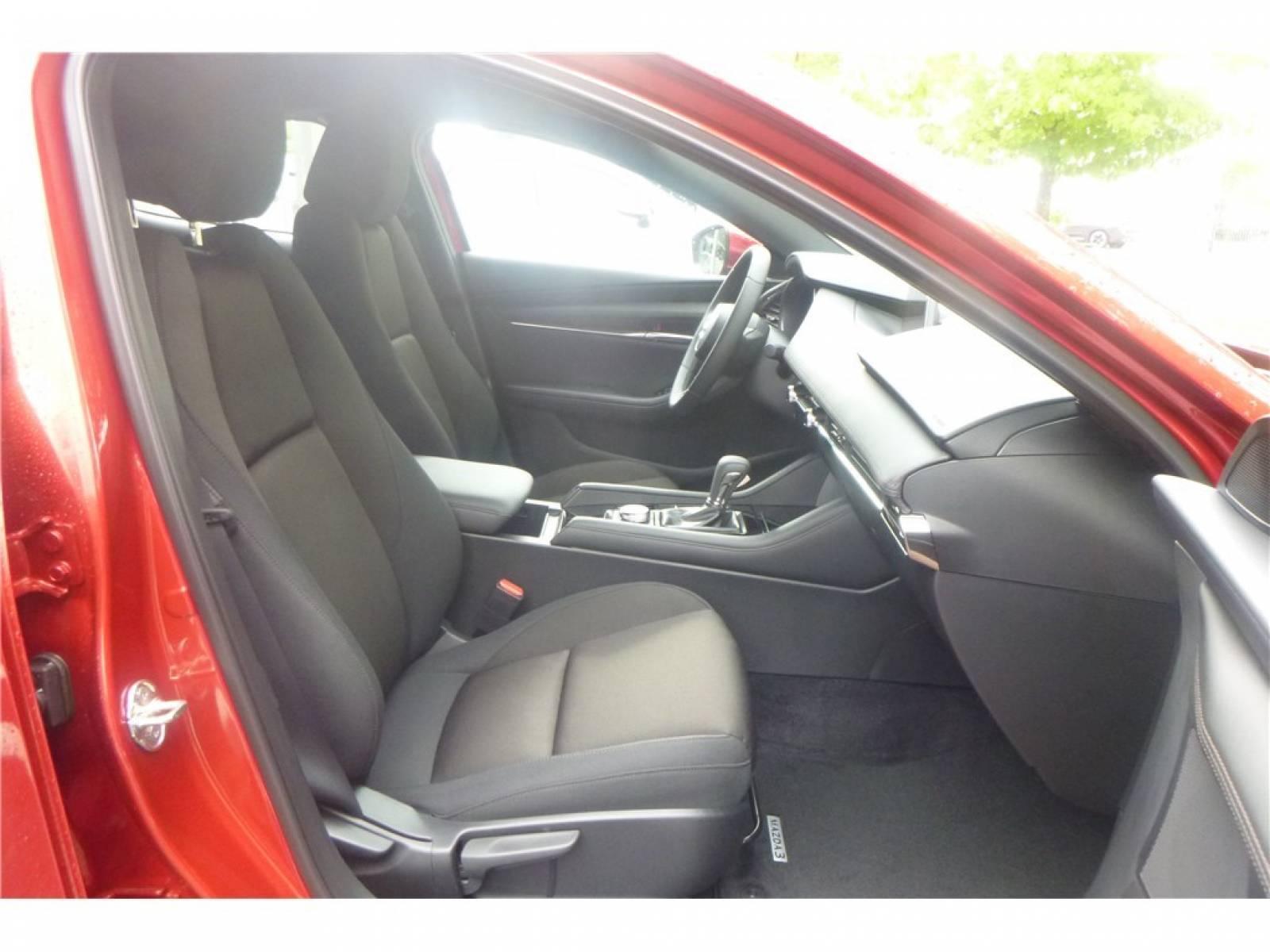 MAZDA Mazda3 5 portes 2.0L e-SKYACTIV-G M Hybrid 122 ch BVA6 - véhicule d'occasion - Groupe Guillet - Chalon Automobiles - 71100 - Chalon-sur-Saône - 27