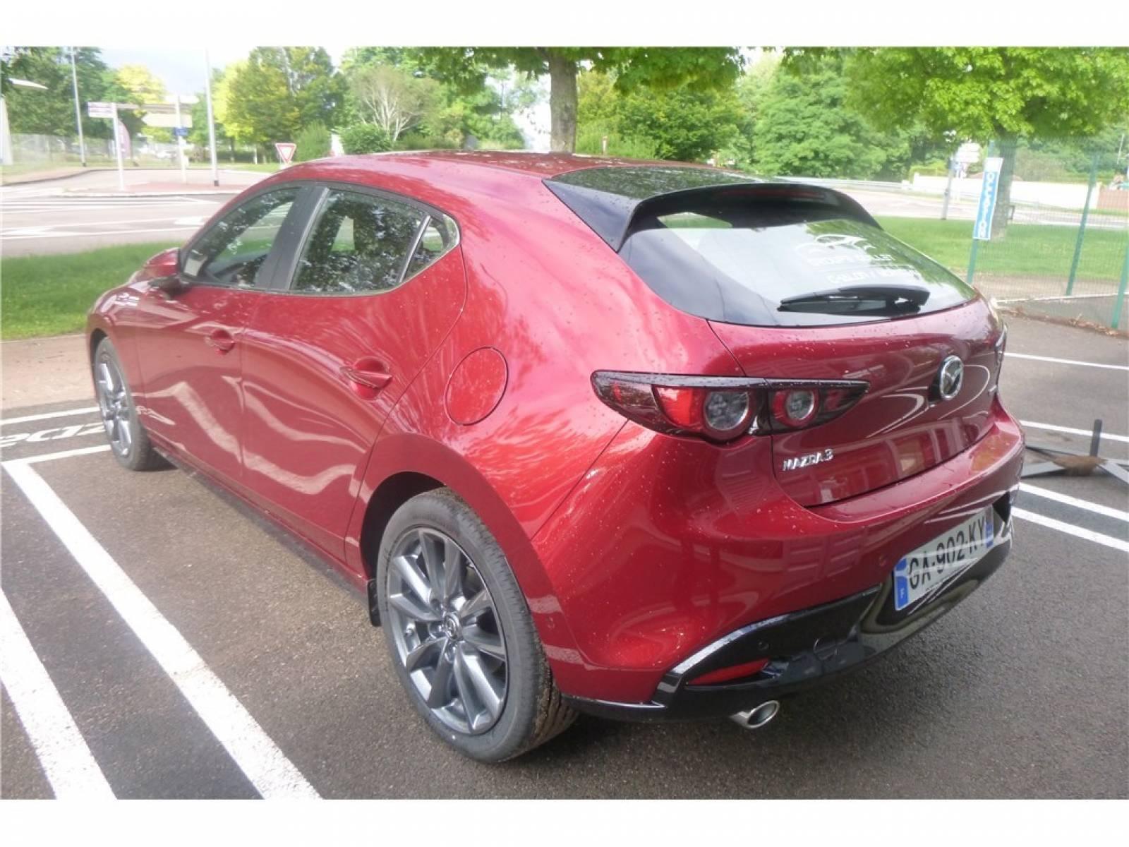 MAZDA Mazda3 5 portes 2.0L e-SKYACTIV-G M Hybrid 122 ch BVA6 - véhicule d'occasion - Groupe Guillet - Chalon Automobiles - 71100 - Chalon-sur-Saône - 8