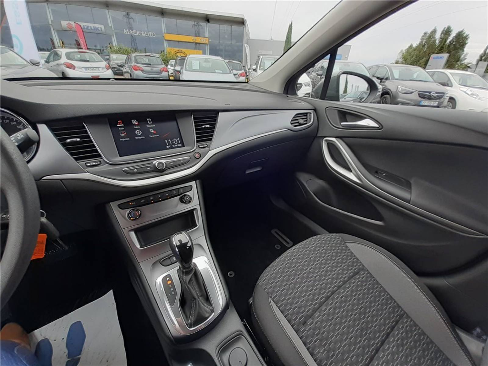 OPEL Astra Sports Tourer 1.5 Diesel 122 ch BVA9 - véhicule d'occasion - Groupe Guillet - Opel Magicauto - Chalon-sur-Saône - 71380 - Saint-Marcel - 41