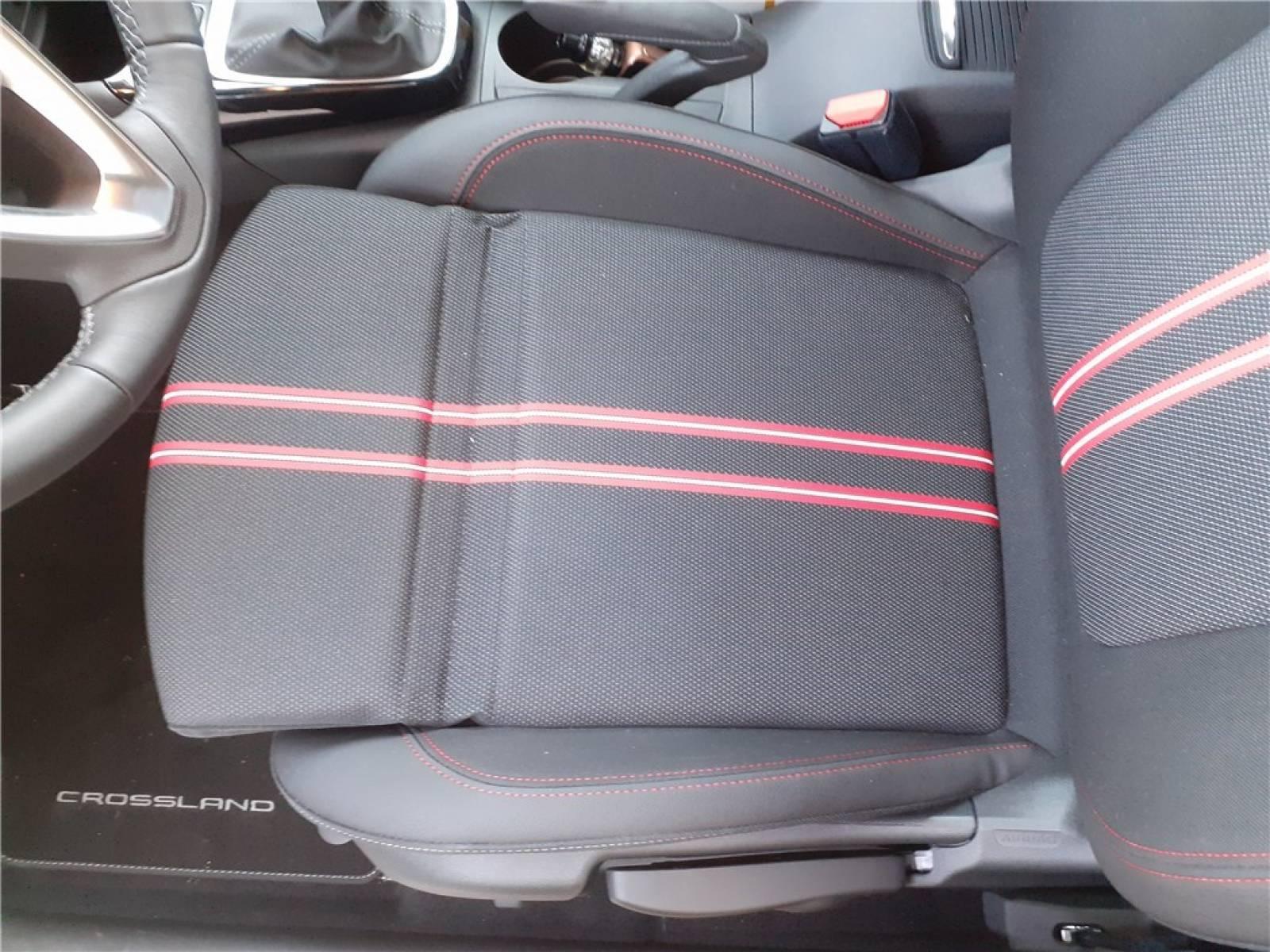 OPEL Crossland 1.5 D 110 ch BVM6 - véhicule d'occasion - Groupe Guillet - Opel Magicauto - Chalon-sur-Saône - 71380 - Saint-Marcel - 26