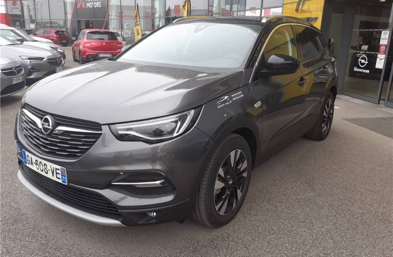 OPEL Grandland X Hybrid 225 ch BVA8  Ultimate - véhicule d'occasion - Groupe Guillet